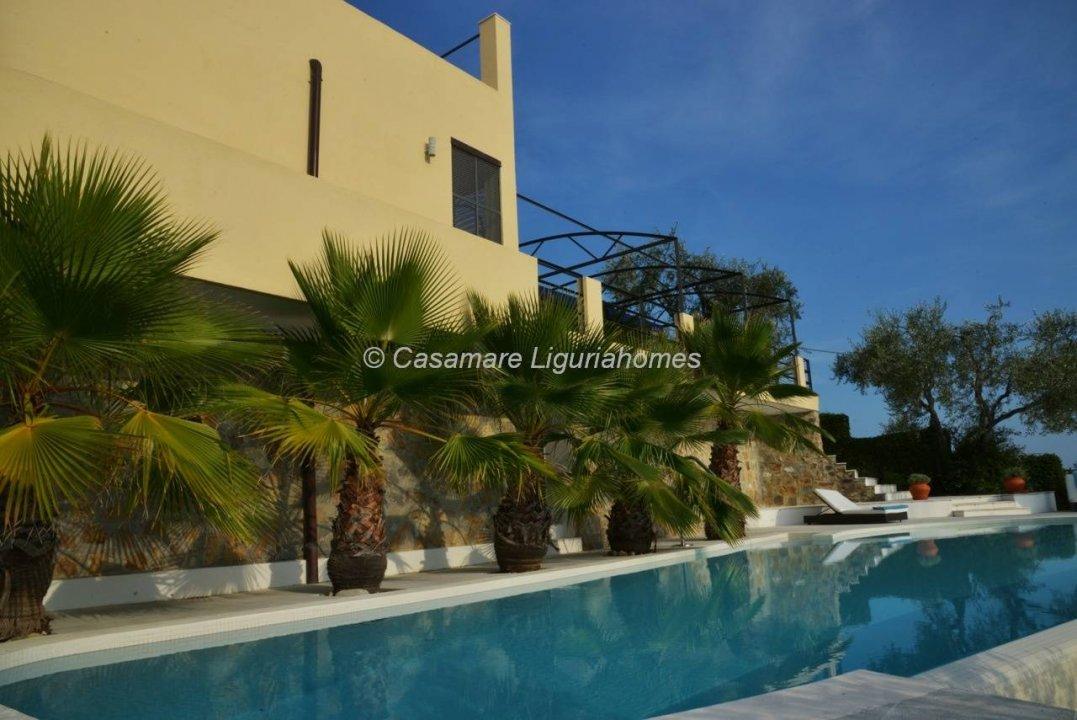 Villa mare imperia liguria 0010514 for 3 piani di garage per auto con stanza bonus