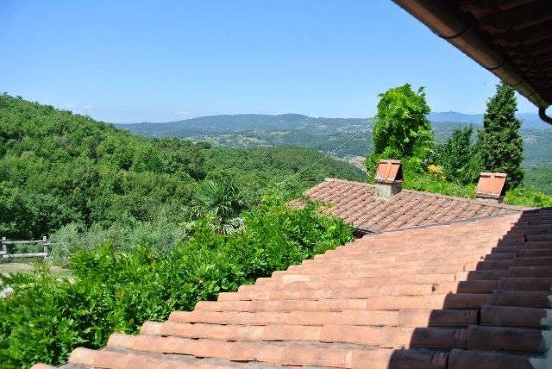 Casale Montagna Subbiano ( Arezzo ) Toscana #0000699